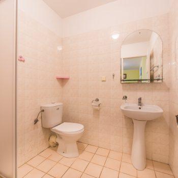Łazienka pokoju nr 23